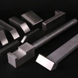 Fabricant tas de rivetage en métal lourd